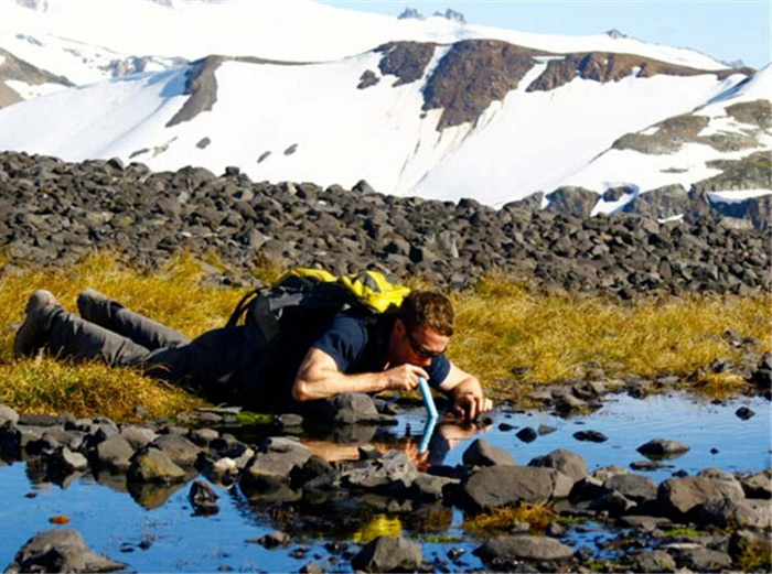 portable water filter for hikers